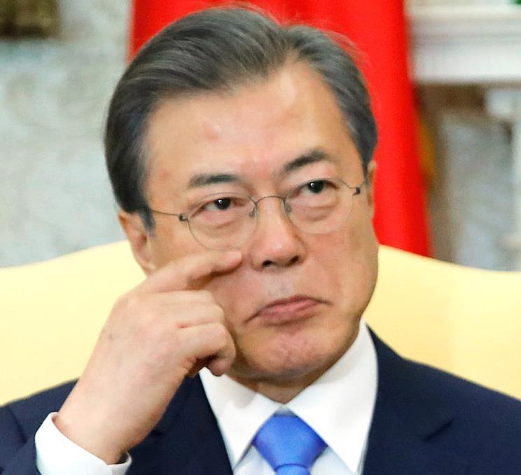 文在寅政権は日韓関係を放棄したのか